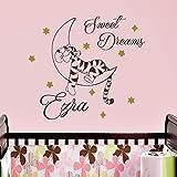 Vinyl Wandtattoo Zitat Sweet Dreams Winnie Puuh the Pooh Tiger Gute Nacht mit Namen für Mädchen Junge Kinder Wandaufkleber Wandsticker Wanddekoration für Schlafzimmer Kinderzimmer Babyzimmer A346
