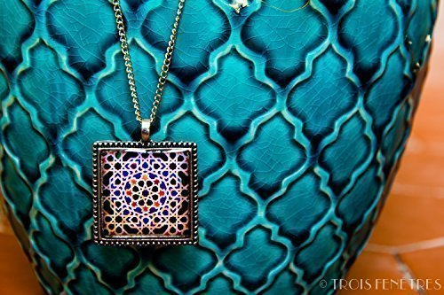 Necklace with pendant with mosaics of the Alhambra - Blue Mosaic - Jewelry in ecological resin - Gift idea - Christmas gift