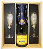Heidsieck Monopole Blue Top Champagne in Wooden Box with 2 Sensation Flutes 75 cl