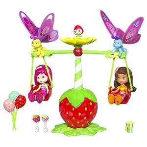 Strawberry Shortcake / Charlotte aux Fraises - Berry Fest Friends / Fraisi Manège - Poupée - invl. Orange Blossom / Fleur d'Orange et Raspberry Torte / Lili Framboise - env. 8 cm - avec beaucoup d'accessoire