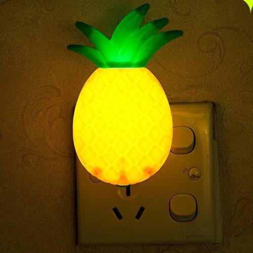 Zhen + Fantasie Ananas Obst Nachtlicht, Romantischer LED Lichter Ananas Nachtlicht Wandleuchte Home Decor, Mode Kreative Licht Lichter Leuchte, Ideal Schreibtischlampe, Dekoration Licht, Nachtlicht, Nachttischlampe, Geschenk (Gelb) - Obst Home Decor