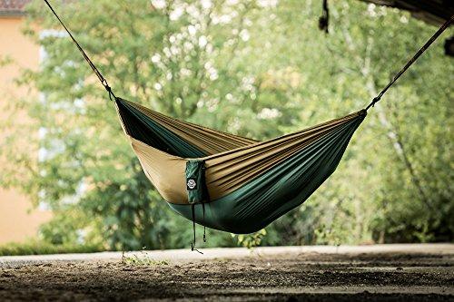 Monkey Swing Hängematte aus Fallschirm Nylon Ultra Light (275 x 140 cm, 180 kg Traglast) im Set mit Haltegut und Karabiner, Outdoor Trekking & Camping Hammock (Grün/Khaki) - 9