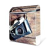 BANJADO Design Briefkasten weiß / 38x47x13cm groß mit Zeitungsfach/Stahl pulverbeschichtet/Wandbriefkasten mit Motiv Alte Kamera, Briefkasten:mit Edelstahl Burg-Wächter Standfuß