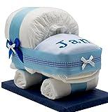 Windeltorte / Windelwagen blau für Jungen - mit besticktem Lätzchen / Das perfekte Geschenk zur Geburt oder Taufe