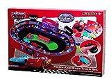 Trends2Com 89405 Disney Modellino Piston Cup Race Track Cars - Set para fabricar y pintar tu propio circuito de carreras [importado de Alemania]