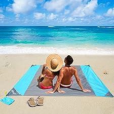 Mehr als nur eine Decke ! Die Premium Pocket Blankets Aus strapazierfähigem 210T Polyester Material, welches schnelltrocknend, besonders reißfest und ultraleicht ist. Die beste Stranddecke unter der Sonne! Von dem schönen Wetter bis hin zu den beruhi...