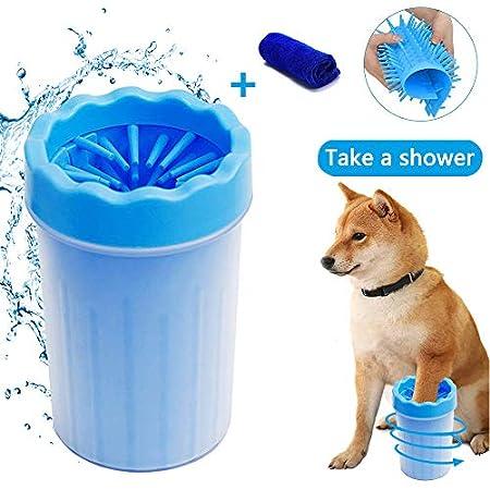 Haustier Hunde Pfotenreiniger mit Handtuch, Namotu Tragbarer Dog Paw Cleaner【2 in 1 aktualisierte Version】Hunde zubehoer…