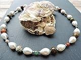 Perlencollier mit Edelsteinen