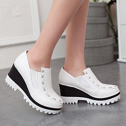 Mee Shoes Damen modern bequem Geschlossen Durchgängiges Plateau runde Blockabsatz Plateau Pumps Freizeitschuhe Weiß