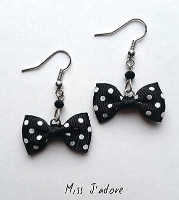 Boucles d'oreilles nœuds noir à pois blancs en tissu perle noire en verre idée cadeau fête des mères anniversaire Noël mariage