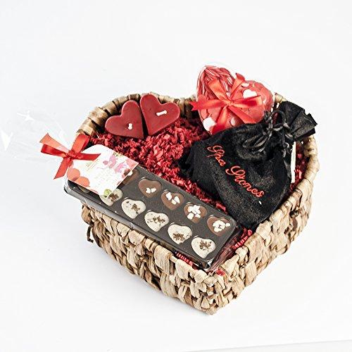 Für Valentinstag-geschenk-korb Mann (Geschenk im Set als perfekte Geschenkidee für Sie und Ihn zum Valentinstag - Geschenkset in hochwertigem Geschenkkorb für Männer und Frauen)