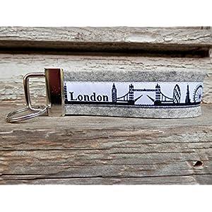 Schlüsselanhänger Schlüsselband Wollfilz hellgrau London Skyline schwarz weiß!