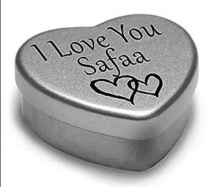 I Love You Safaa Mini cadeau boîte métallique en forme de cœur pour I Heart Safaa avec chocolats. Cœur Argenté/étain. Compatible avec Superbe dans la paume de votre main. Idéal comme un cadeau d'anniversaire ou tout simplement comme un cadeau spécial montrer à quelqu'un combien vous les Love.