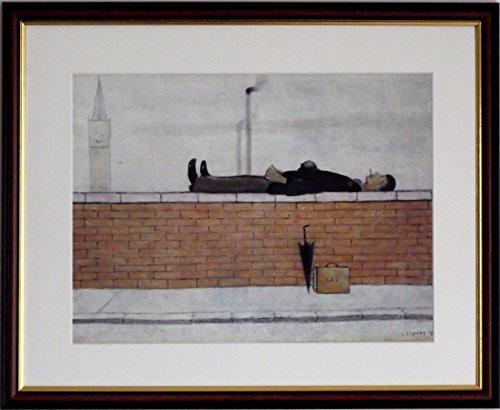L S Speciality Foto in Bilderrahmen, Motiv Mann liegt auf Mauer Leinenstruktur, Medium, Walnut Finish Frame With Soft White Mount And Large Image, 20 x 16inch -