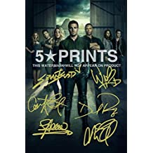 """Arrow Poster Photo Signed PP 12x8"""" 6 Cast Autographs Stephen Amell Grant Gustin Caity Lotz David Ramsey Willa Holland Katie Cassidy Autograph Print Style D"""