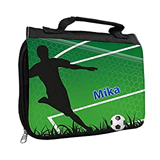 Kulturbeutel mit Namen Mika und Fußballer-Motiv mit Tor für Jungen | Kulturtasche mit Vornamen | Waschtasche für Kinder