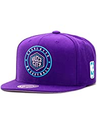 Mitchell & Ness Charlotte Hornets Circle Patch Team Snapback Casquette, purple