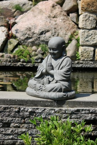 Buddha-Figure-Sitting-Praying-for-Home-Garden-Height-53-cm-grey