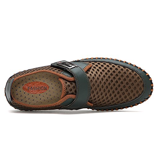 Scarpe da Acqua Uomini Slip on Sneaker da Beach Walking Estate Calzature traspiranti a rapida asciugatura Athletic Casual da GOMNEAR Verde scuro
