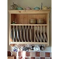 Tradizionale scolapiatti da parete con mensola e