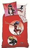 Miraculous Mädchen Bettwäsche Set · Ladybug & Cat Noir in Paris · rot · Wende Motiv · 2 teilig · Kissenbezug 80x80 + Bettbezug 135x200 cm · 100% Baumwolle · deutsche Größe