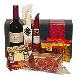 Serrano-Schinken mit Delikatessen und Rotwein