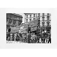 Archivio Foto Locchi Firenze – Stampa Fine Art su passepartout 70x50cm. – Immagine di un carro con fiaschi di vino a Firenze negli anni '30