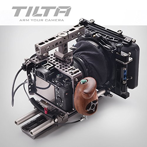 Preisvergleich Produktbild TILTA ES-T17 C Sony Alpha A7S A7R A7S II A7R II Mark II MK2 A7S2 A7R2 Lightweight ES-717A rig Cage 15mm rod release baseplate + FF-T03 Follow focus +MB-T05 4*4 Mattebox + wooden handle record function