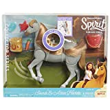 Spirit Classic Sound & Action Horse - Feeding
