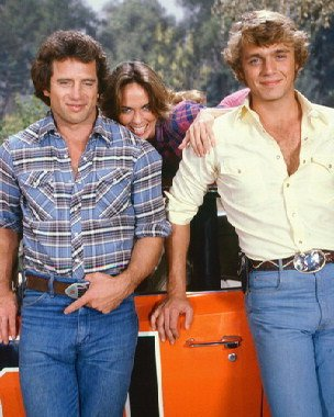 Moviestore John Schneider als Bo Duke unt Catherine Bach als Daisy Duke in The Dukes of Hazzard 50x40cm Farbfoto