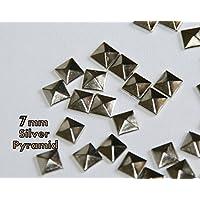 CC * CD 8mm, parte trasera plana tachuelas remaches de pirámide cuadrada (plata)