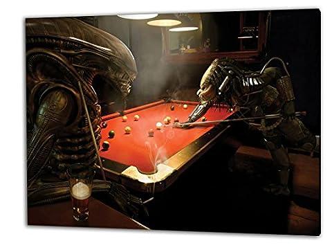 Alien und Predator Billard, Format: 100x70 Leinwandbild auf Holzrahmen gespannt, Leinwandbild, 1A Qualität zu 100% Made in Germany! Kein Poster Kein Plakat! Echtholzrahmen mit beigelieferten Zackenaufhängern. Fertig bespannt, Sofort dekorieren. Vier verschiedene Formate.