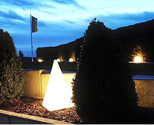 Trango IP65 Gartenleuchte TG7231-60OL I Leucht-Figur Pyramide I 64cm weiß inkl. 5 Meter Kabel I mit E27 Fassung I Gartenlampe I Dekoration I geeignet für LED Leuchtmittel