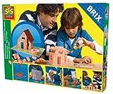 SES Creative 01670 - Brix Haus
