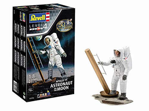 Revell- Apollo 11 Astronaut on The Moon, Escala 1:8 Kit de Modelos de plástico, (03702)