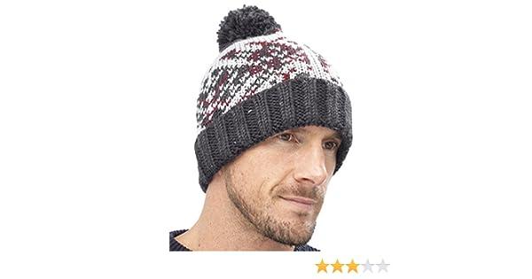 6912c75aa30 Tom Franks Mens Chunky Knit Acrylic Bobble Hat Grey  Amazon.co.uk  Clothing