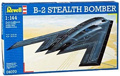 Revell Modellbausatz Flugzeug 1:144 - B-2 Stealth Bomber im Maßstab 1:144, Level 3, originalgetreue Nachbildung mit vielen Details, 04070 von Revell