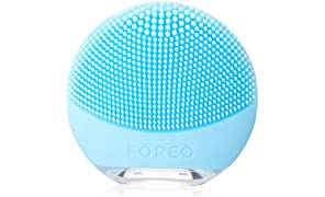 FOREO LUNA Go Portable And Personalized Facial Cleansing Brush with Anti-Aging for Combo Skin, USB Rechargeable and Waterproof