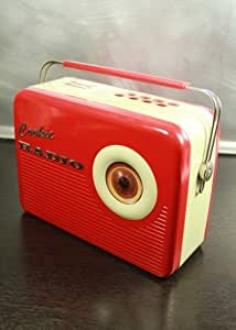 Biscuit Tin in Radio Shape Red / Cream by weihnachtskult.de
