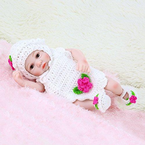 Decdeal Reborn Baby Puppe Mädchen aus Weich Silikon mit Weiß Kleidung 25cm (Braune Vinyl-sitz)