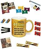 Befüllte Geburtstagstasse Gold Effekt' Eigenschaften ab 44' Alle Alterszahlen verfügbar. Super Tasse zum Geburtstag.