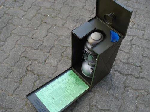 Preisvergleich Produktbild BW Petroleumlampe Petromax Geniol Bund mit Transportbox guter Zustand