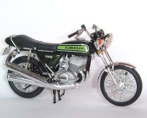 Solido - Vehicule miniature - 150327 00 - Moto de Légende -Kawasaki 750 H2 - 1972