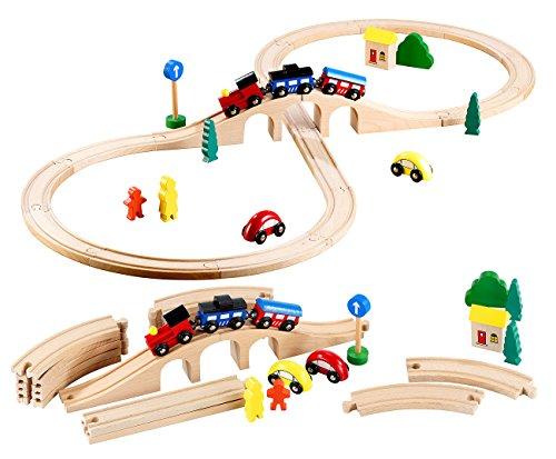 Playtastic Mittelgroßes Holz-Eisenbahn-Set mit 29 Teilen