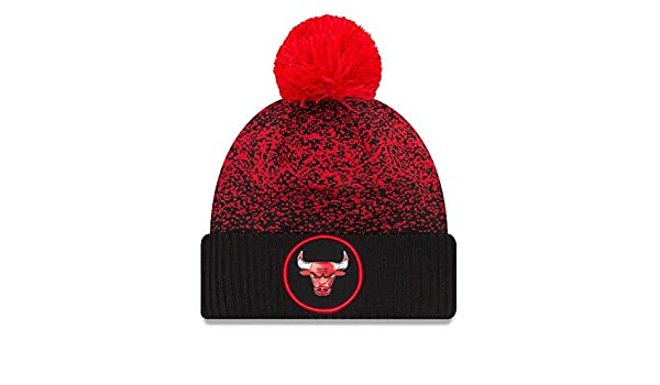 New Era Chicago Bulls NBA  17 Pom Beanie Berretto a12801f79b05