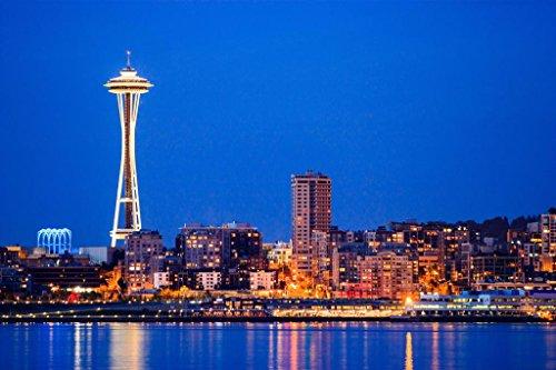 Poster Skyline Von Seattle (Poster Gießerei Downtown Seattle Skyline Bei Nacht Space Needle Foto Kunstdruck von proframes 54x36 inches Poster)