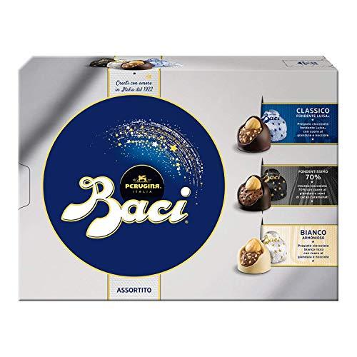 Baci Perugina Cioccolatini Assortiti Ripieni al Gianduia e Nocciola Intera Scatola 225 Gr
