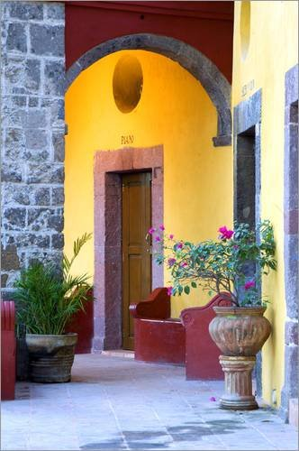 Stampa su tela 20 x 30 cm: Archway entrance to home in San Miguel de Allende di Nancy Rotenberg / Danita Delimont - poster pronti, foto su telaio, foto su vera tela, stampa su tela
