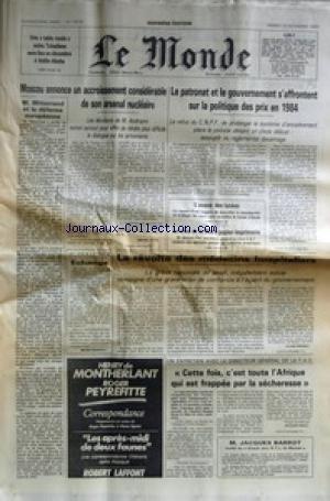 MONDE (LE) [No 12078] du 26/11/1983 - UNE TABLE RONDE ENTRE TCHADIENS A ADDIS-ABEBA - MOSCOU ANNONCE UN ACCROISSEMENT DE SON ARSENAL NUCLEAIRE - M. ANDROPOV - F. MITTERRAND ET LA DEFENSE EUROPEENNE - LE PATRONAT ET LE GOUVERNEMENT S'AFFRONTENT - L'AVENIR DES LYCEES - LA CRISE DE LA FILIERE PAPIER-IMPRIMERIE - LA REVOLTE DES MEDECINS HOSPITALIERS - LE DIRECTEUR GENERAL DE LA F.A.O. PAR GRALL - JACQUES BARROT.