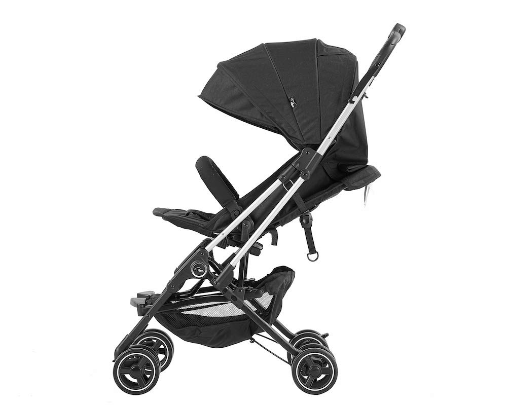 Roma Capsule² Compact Airplane Travel Buggy from Newborn Only 5.6 kgs - Black with Silver Shimmer Chassis Roma Compact lie-back stroller - suitable from newborn to 15 kgs Includes rain cover, insect net, travel bag Locked and swivel wheels, shopping basket, 4